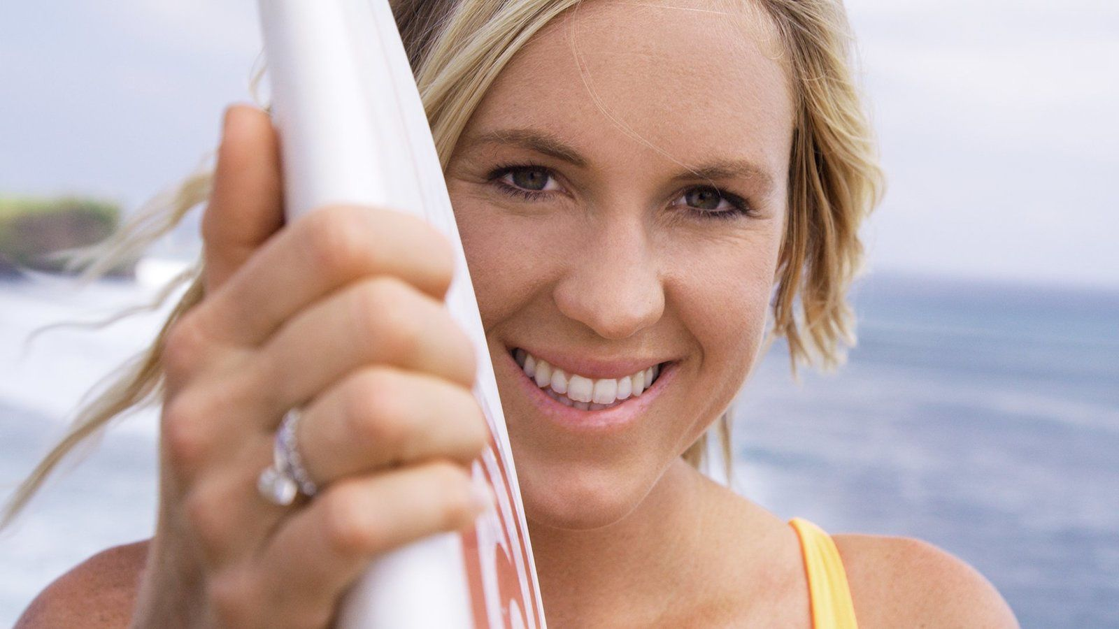 Bethany Hamilton : Unstoppable (BANDE-ANNONCE) Documentaire de Aaron Lieber