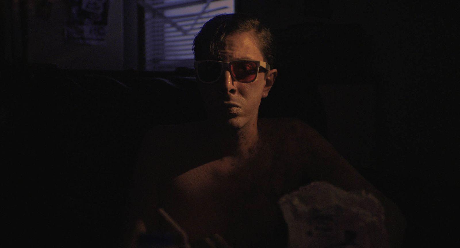 Relaxer (BANDE-ANNONCE) avec Joshua Burge, David Dastmalchian, Andre Hyland