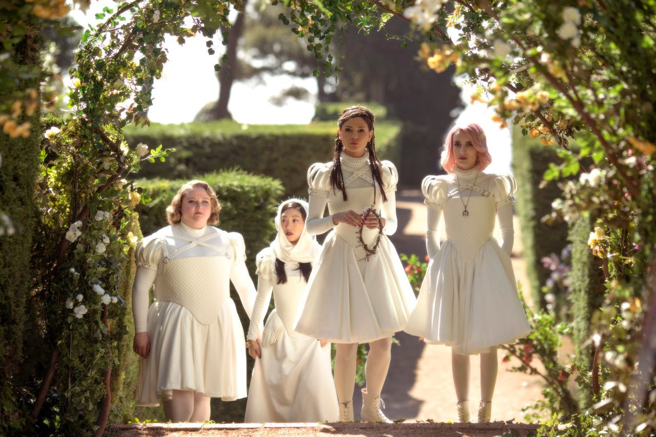 Paradise Hills (BANDE-ANNONCE) avec Emma Roberts, Milla Jovovich, Awkwafina