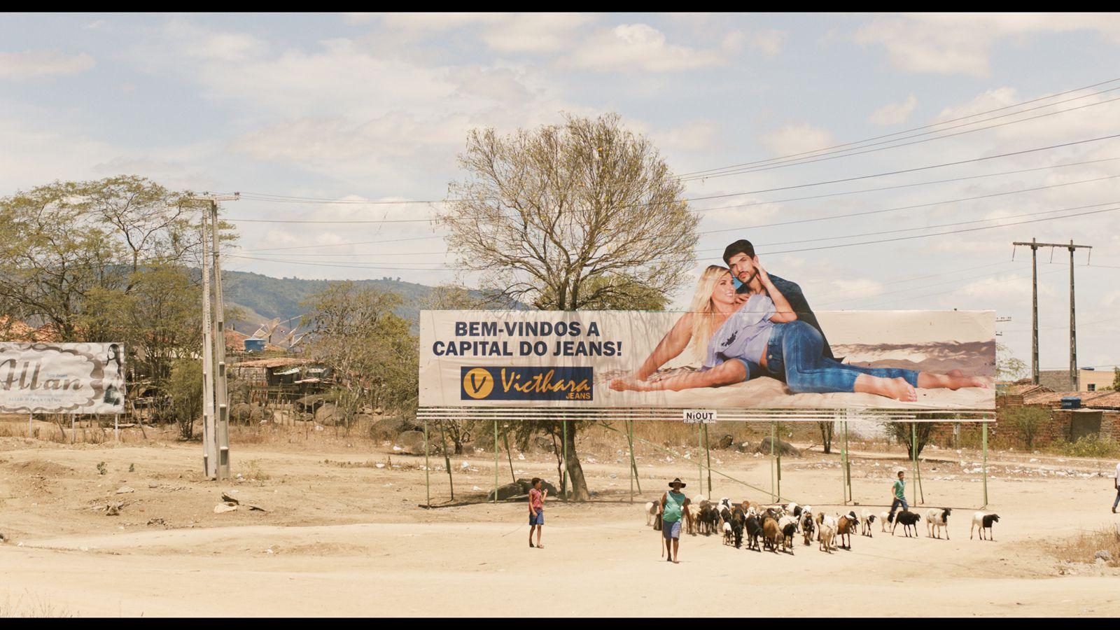 En attendant le carnaval (BANDE-ANNONCE) Documentaire de Marcelo Gomes