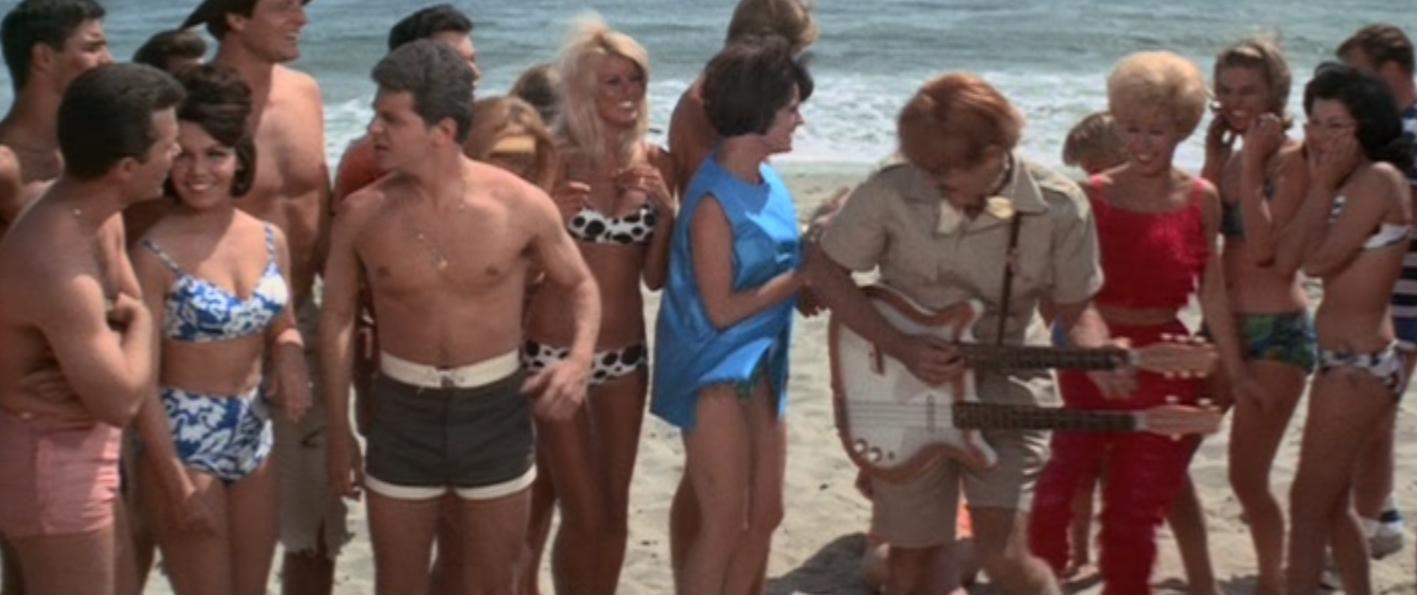 The Bikini Beach (1964) avec  Frankie Avalon, Stevie WONDER