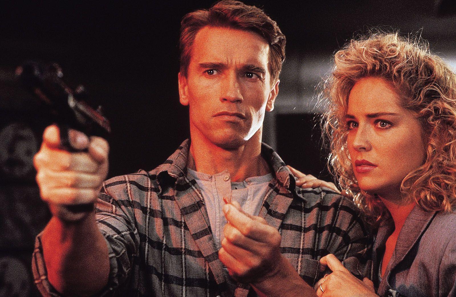 TOTAL RECALL avec Arnold Schwarzenegger (BANDE-ANNONCE) Au cinéma le 16 septembre 2020 - Version restaurée inédite