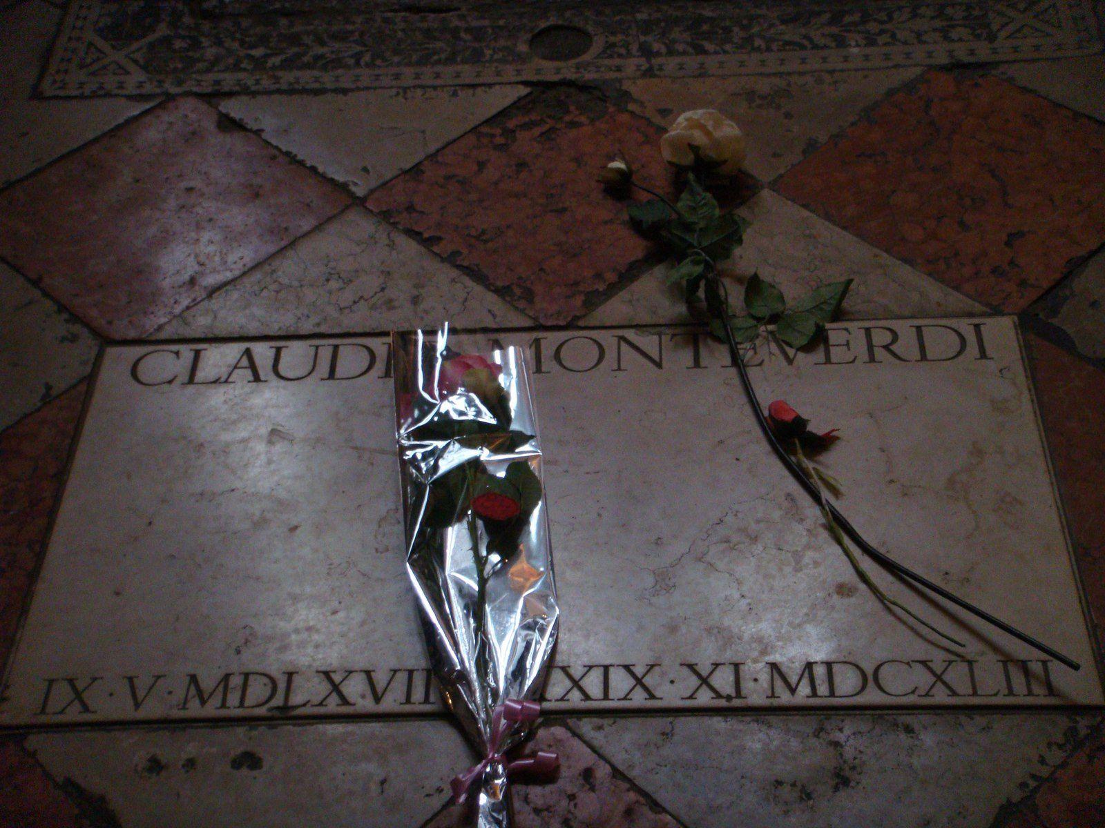 En ce jour du souvenir des disparus, quelques tombes pour rappeler leur souvenir...Monteverdi