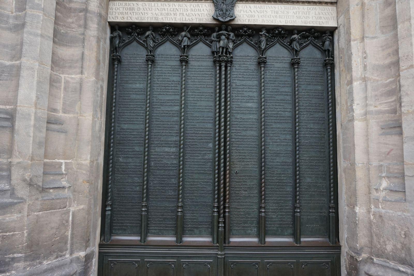 En ce jour du souvenir des disparus, quelques tombes pour rappeler leur souvenir... Martin Luther