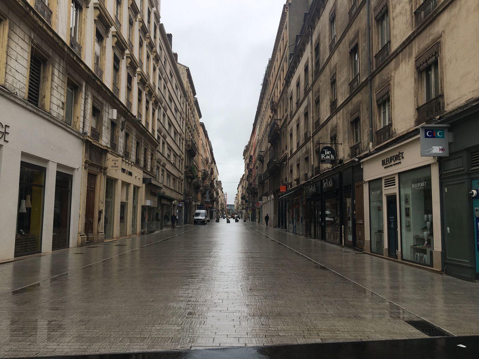 Il n'y a plus personne à Lyon ???