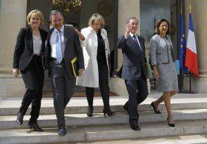 Affaire Guéant: pour l'UMP, Hollande veut « atteindre Sarkozy »