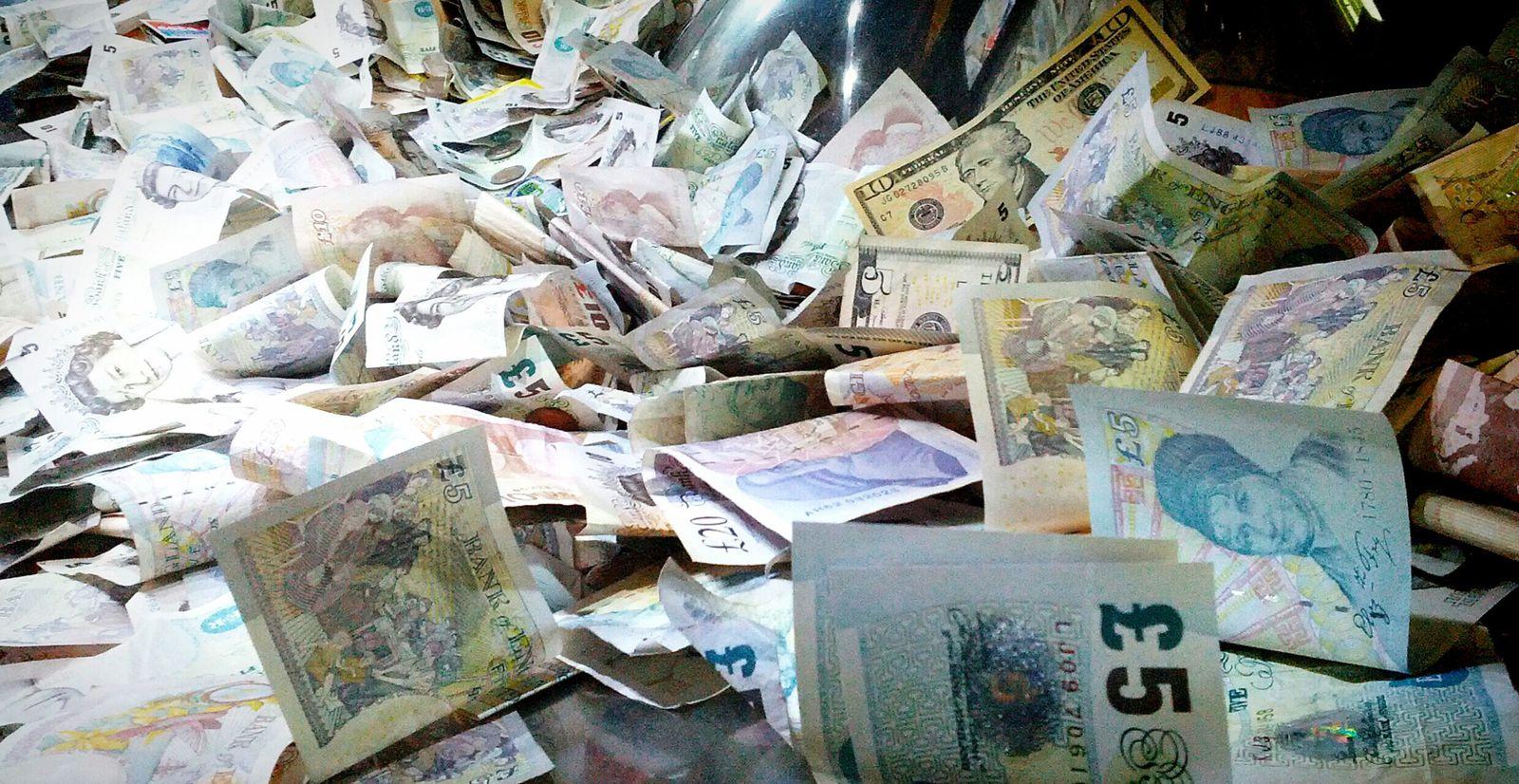 Un tas de billets pour illustrer une condamnation financière