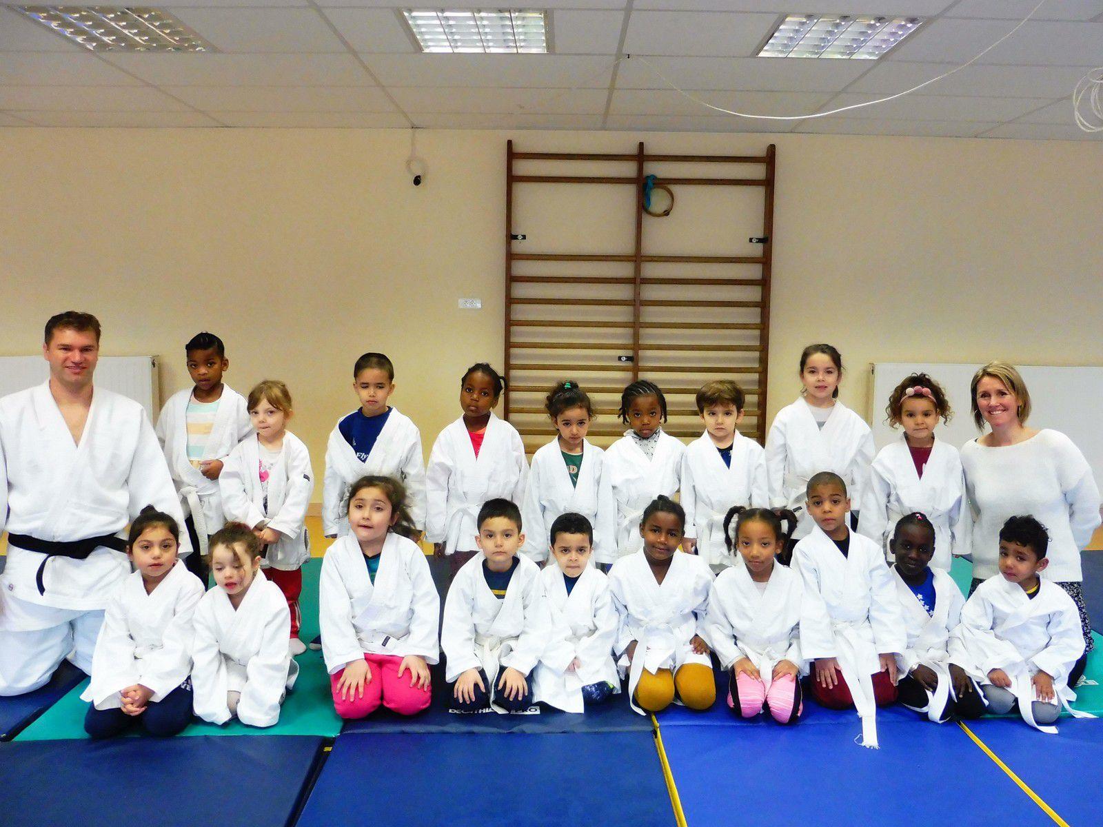 Judo scolaire à l'école Paul Dukas :