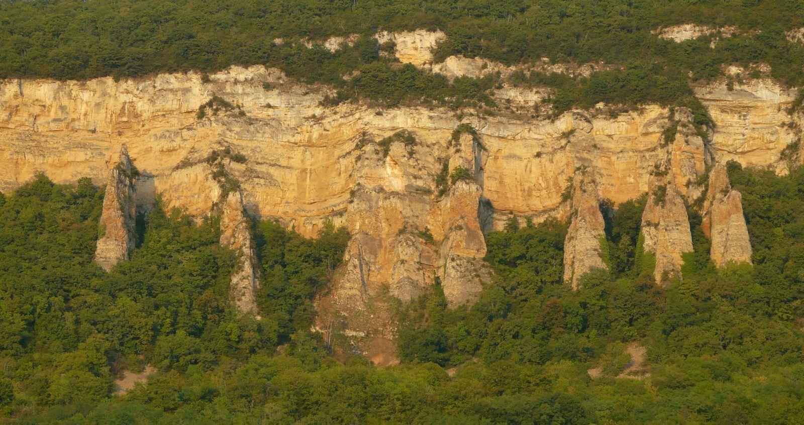 Panorama des demoiselles de Villebois - Bugey - Ain © Levaillant 2013