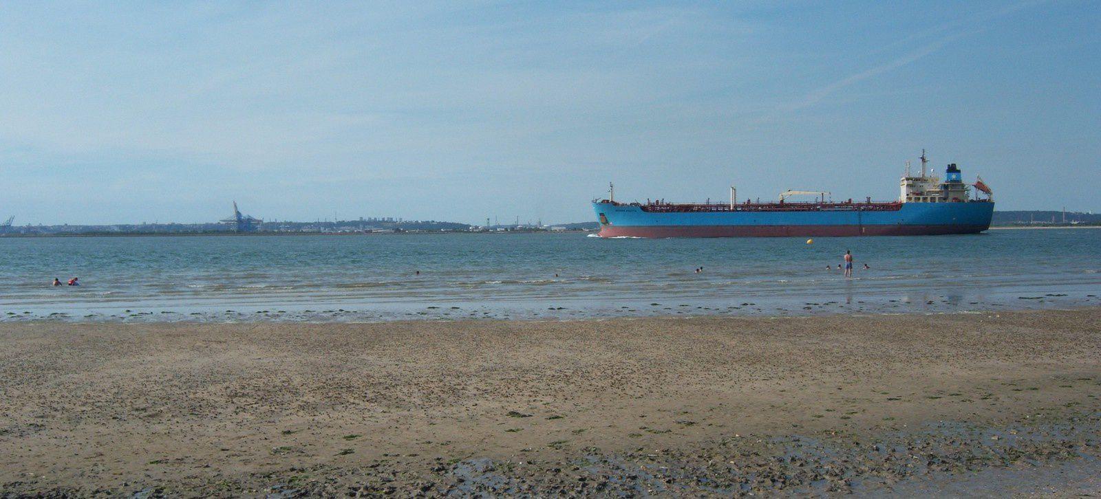 à Honfleur-Vasouy, la mer à marée basse