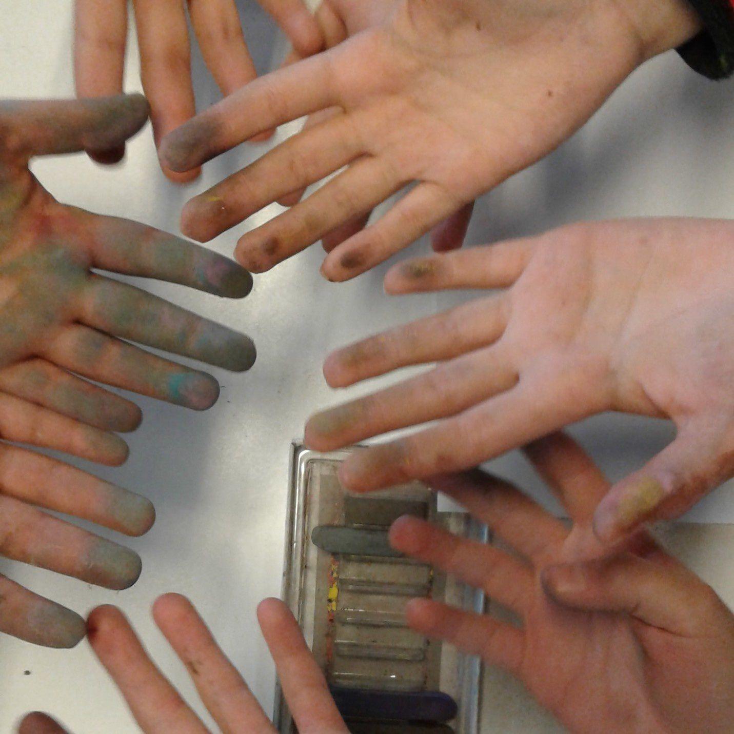 les mains des élèves - 8