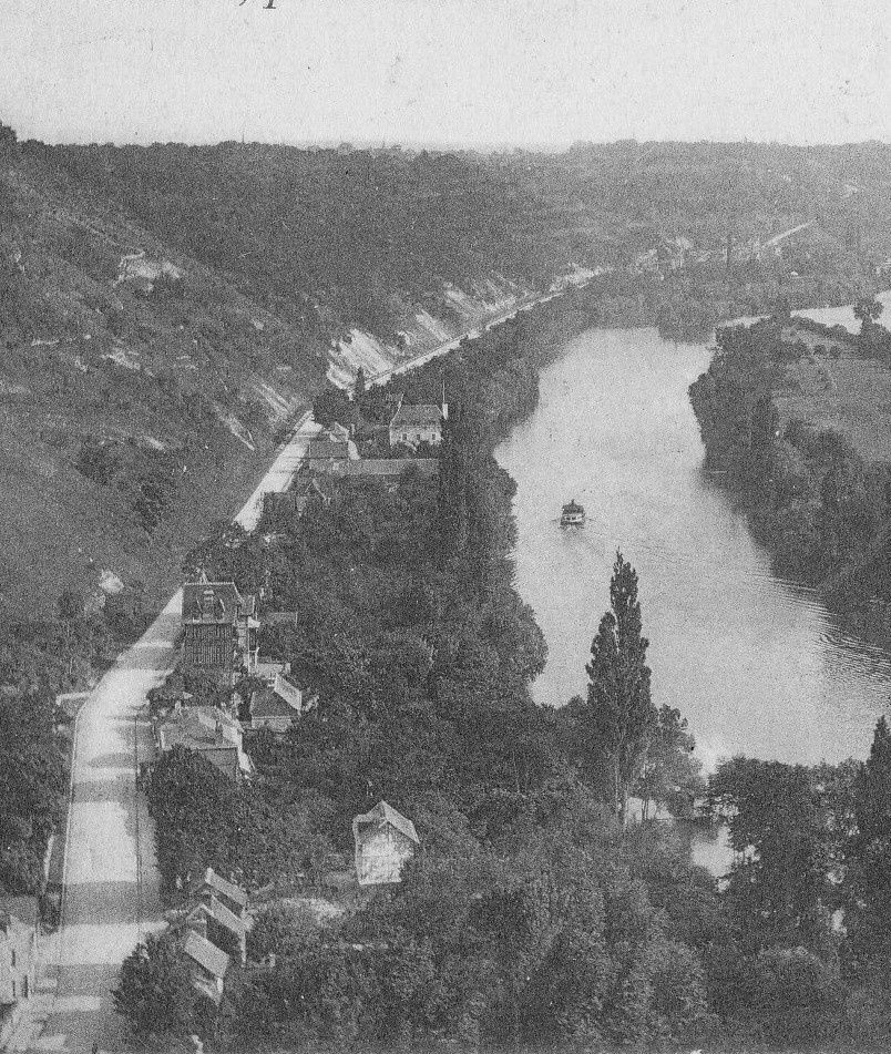 La route de Paris à St Adrien, commune de Belbeuf