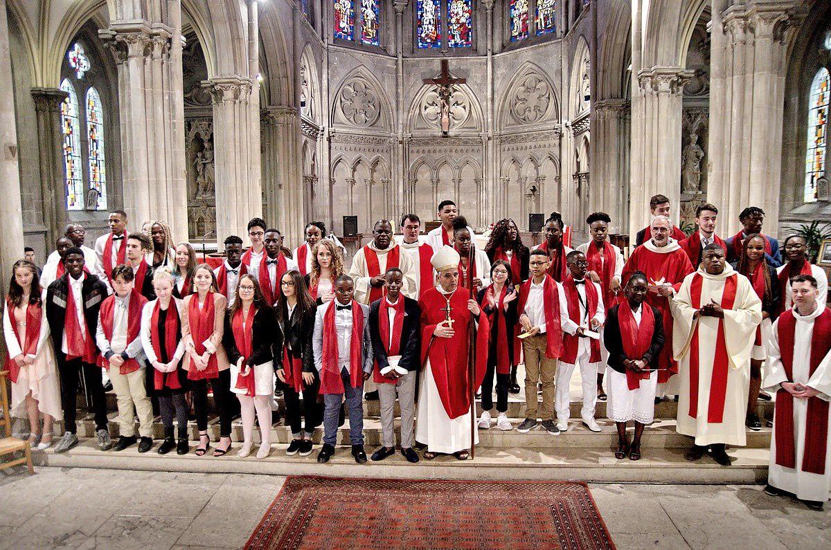 Confirmation de 33 jeunes du Doyenné Rouen-Sud à Sotteville-lès-Rouen le 27 avril 2019