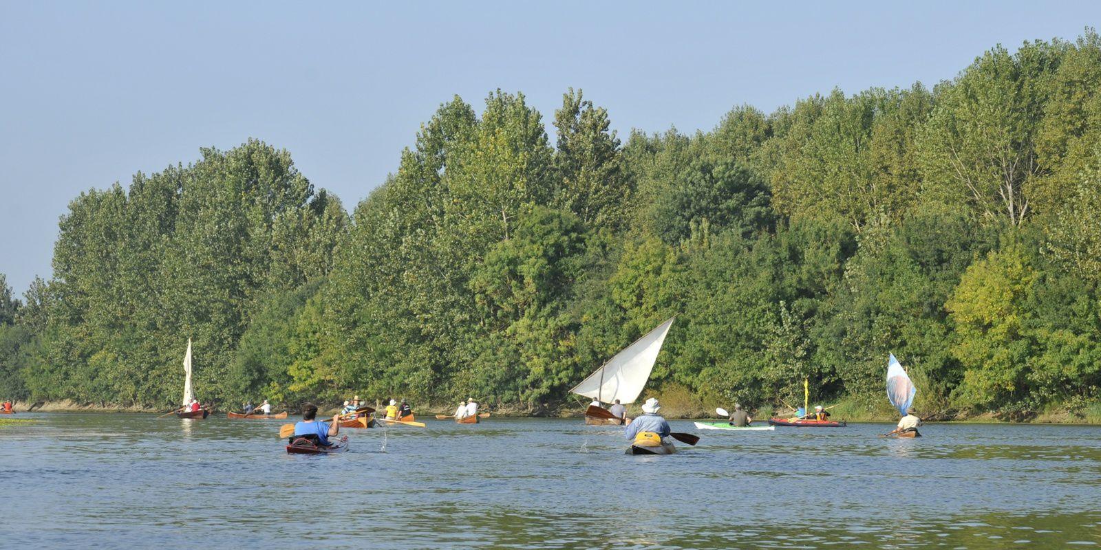 Ecouflant 13, 14 septembre, expo et navigation en canoë, kayak, pirogue,  yole, aviron bois