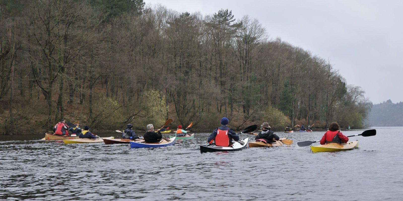 les rats en kayak bois sur le lac de Guerlédan les 23 et 24 mars