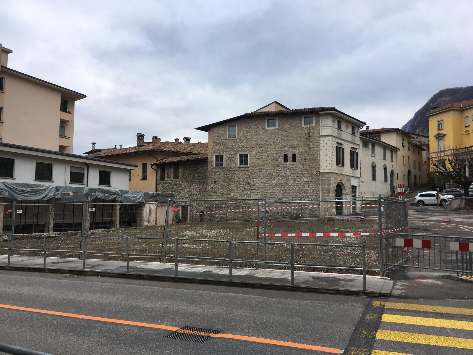 Piazza del Ponte e la demolizione dello stabile ex Jelmoli