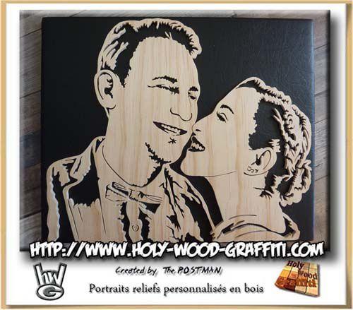 Fond en cuir sur ce tableau pour symboliser leurs deux ans de mariage