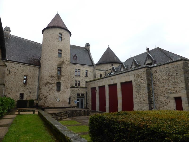 J2 - Journée pluvieuse à Bourganeuf