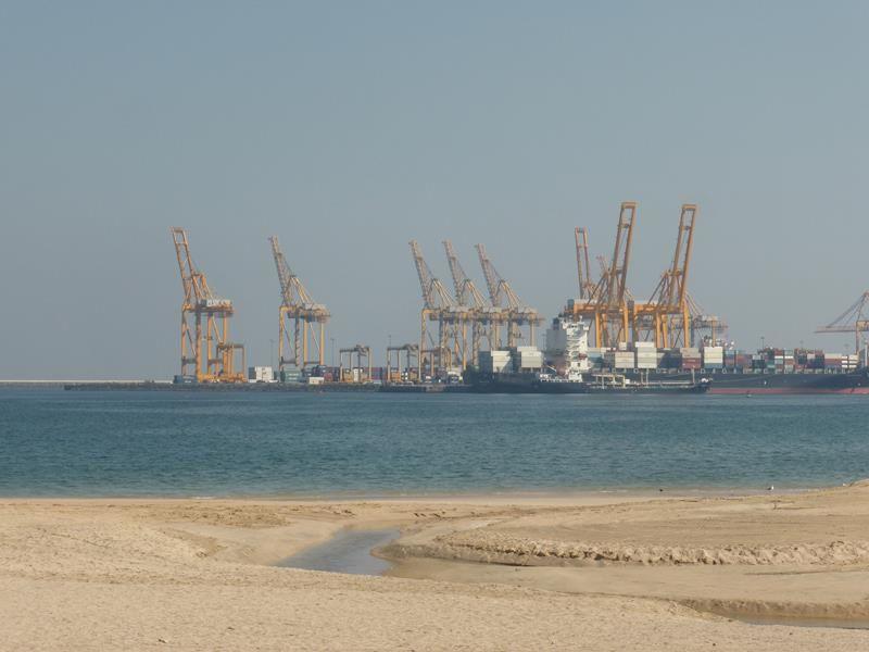 Au bord de la mer à Khor Fakkan...