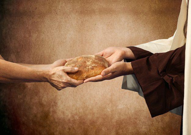 La nature divine est pur don... créée à son image, notre nature humaine est appelée à se donner... le péché a fait de nous des possédants et des possédés...