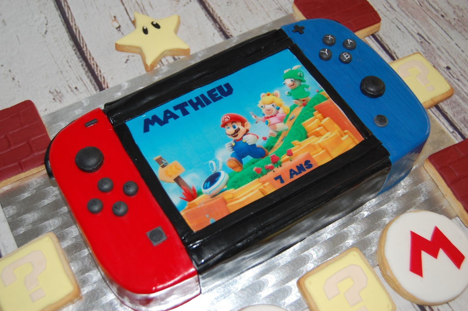 GATEAU CONSOLE SWITCH DE CHEZ NINTENDO - KINGDOM BATTLE