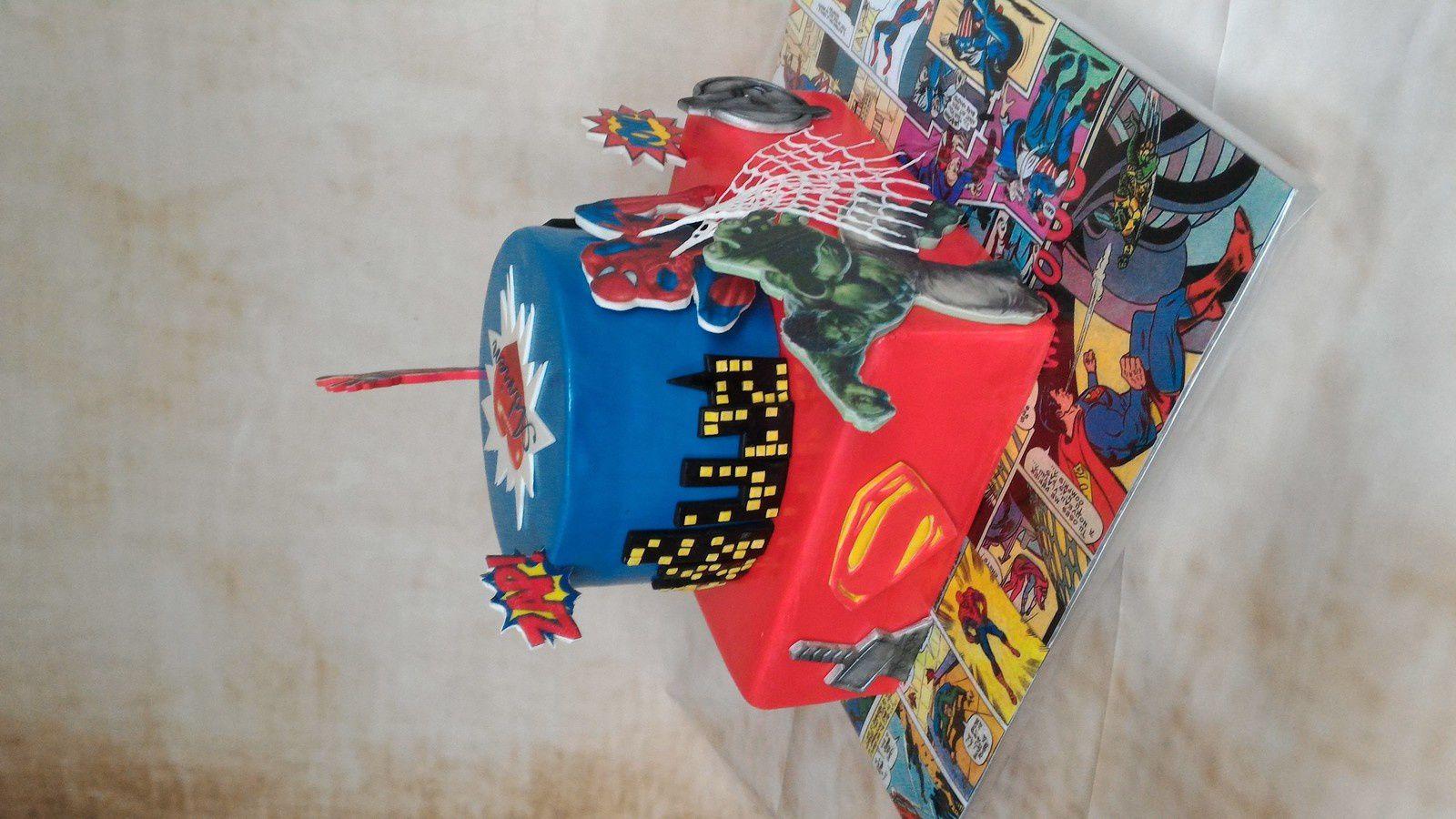 GATEAU AVENGERS-SUPER HEROS-COMICS