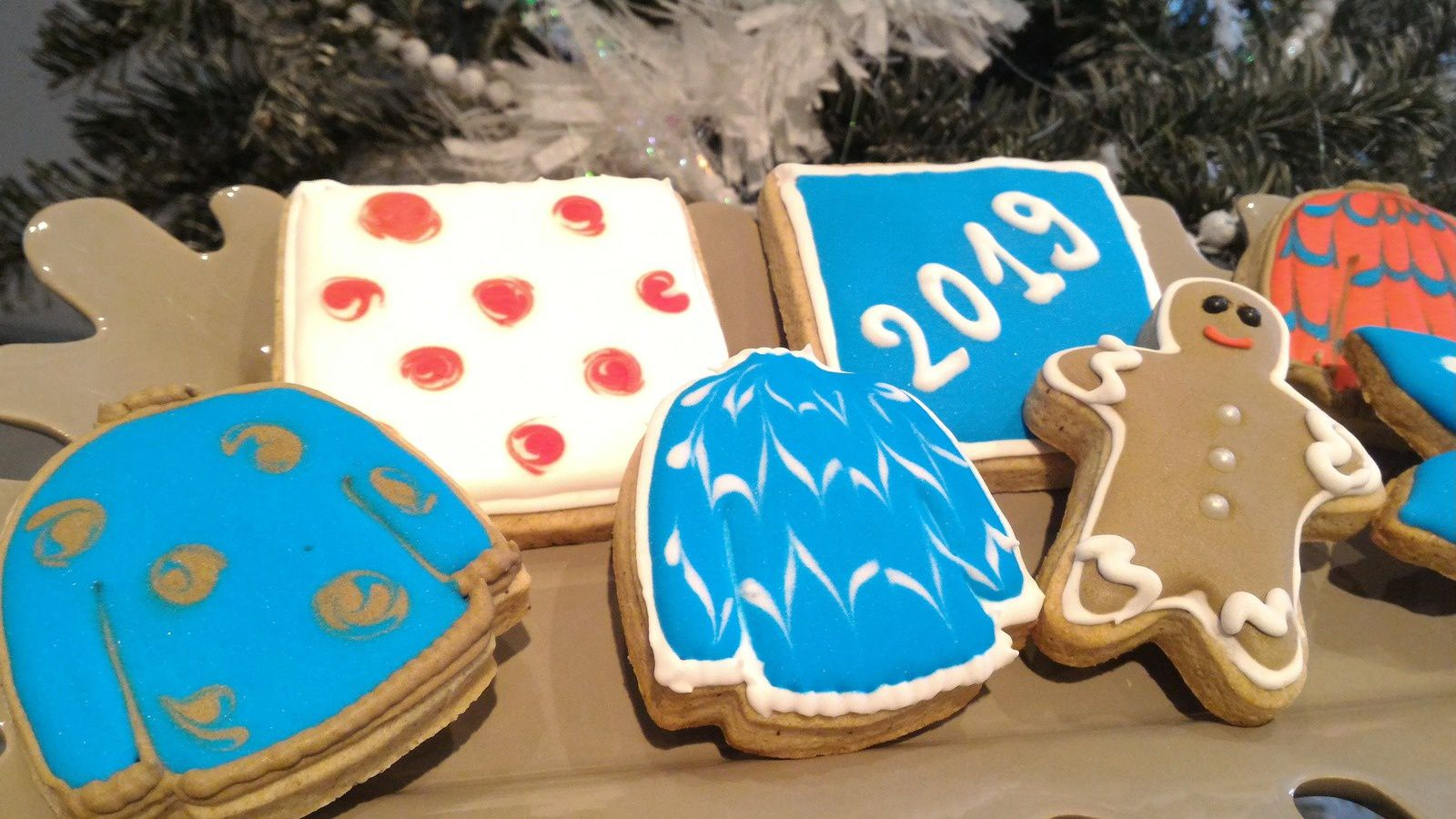 BISCUITS DE NOEL AUX EPICES