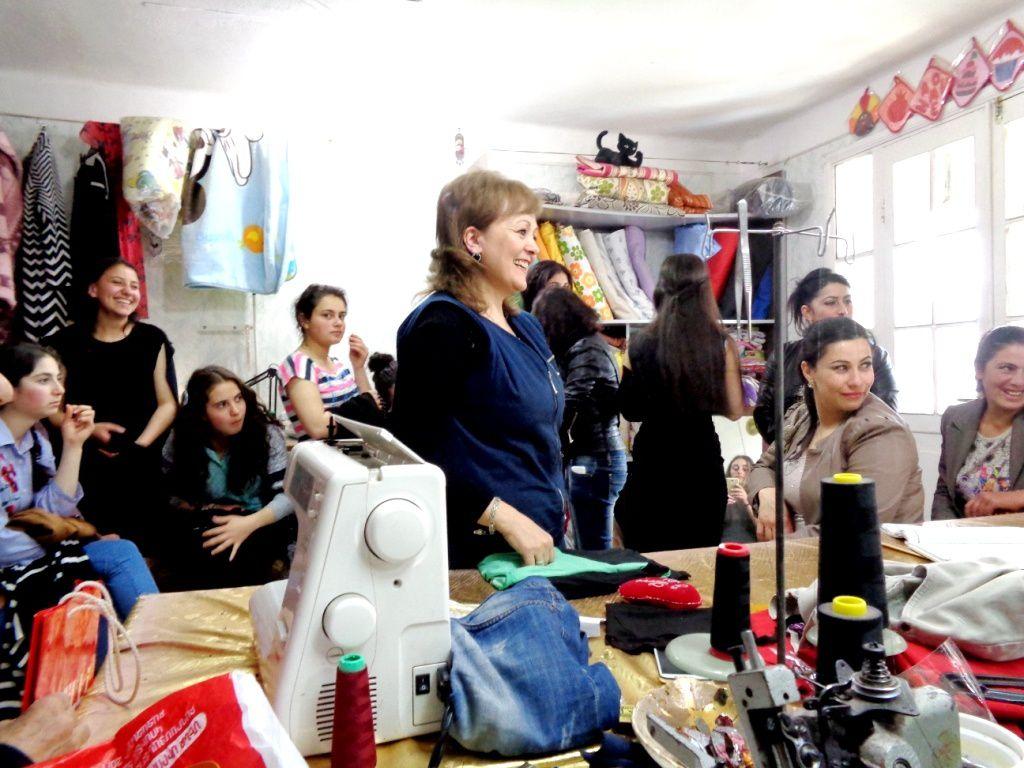 Arménie 2017 - L'atelier de couture de Vardenis en ébullition