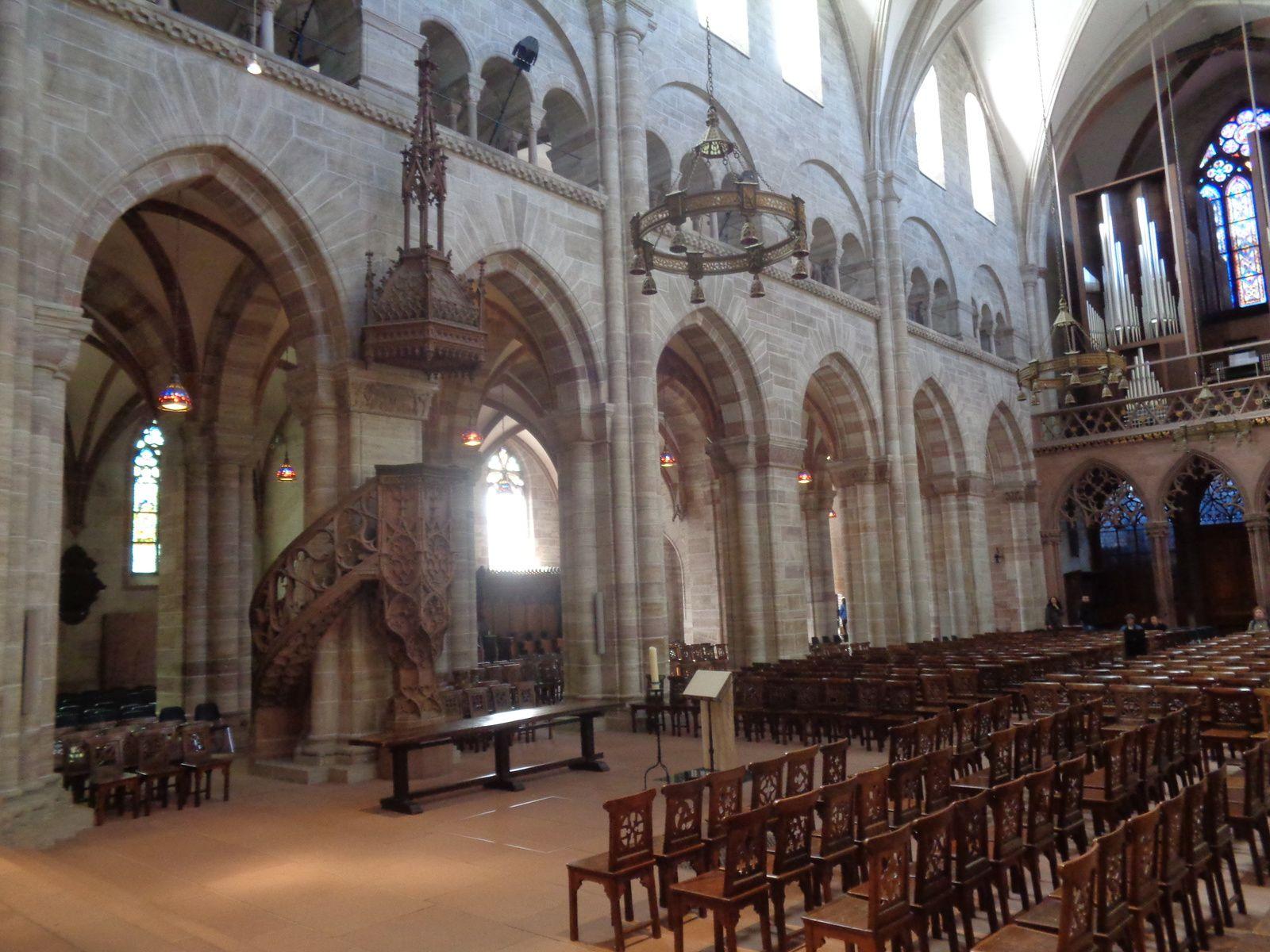Bâle - 5e jour - Promenade jusqu'à la cathédrale