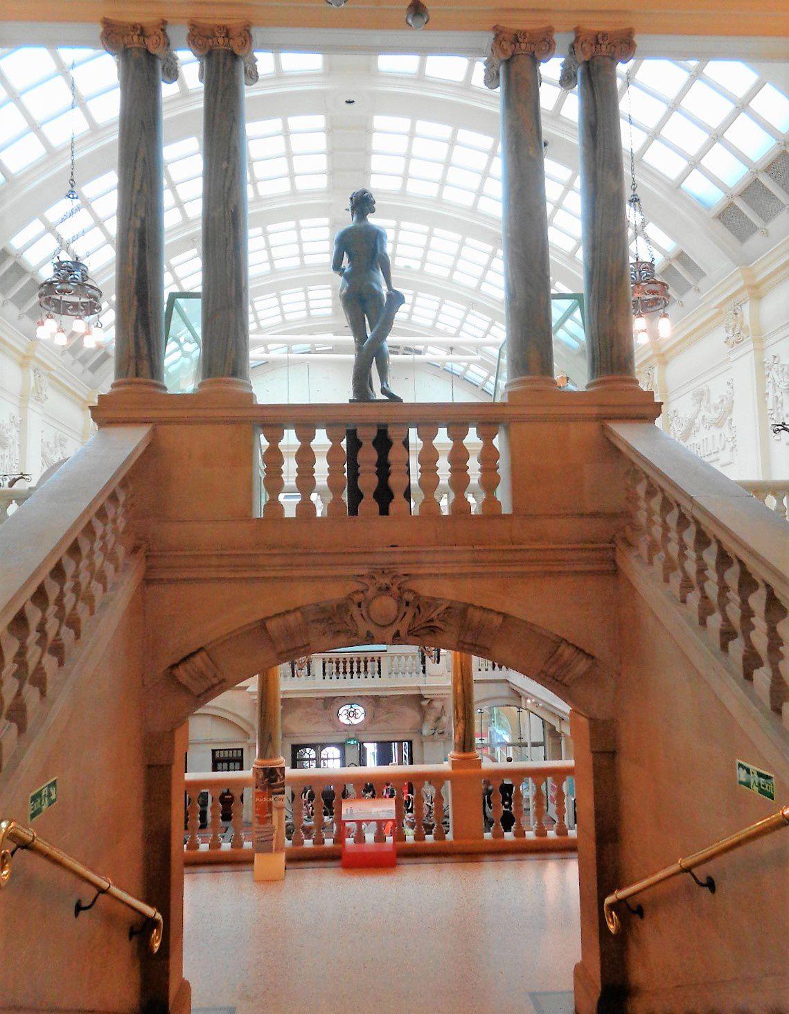 Bristol - Bristol Museum & Art Gallery