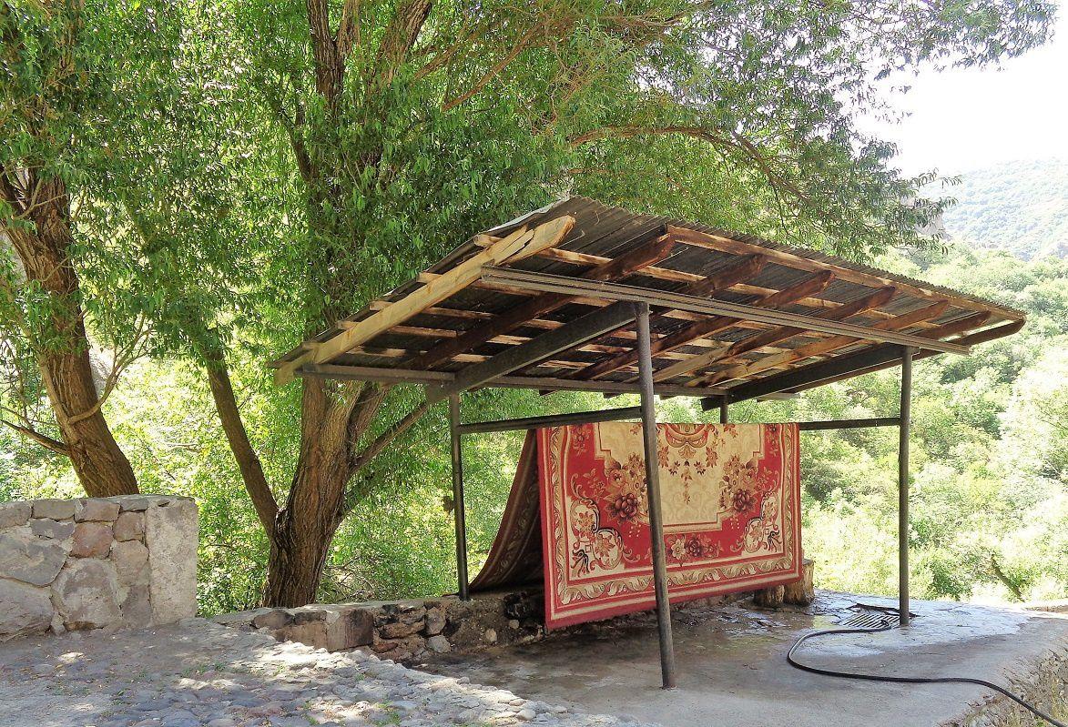 Station de lavage des tapis