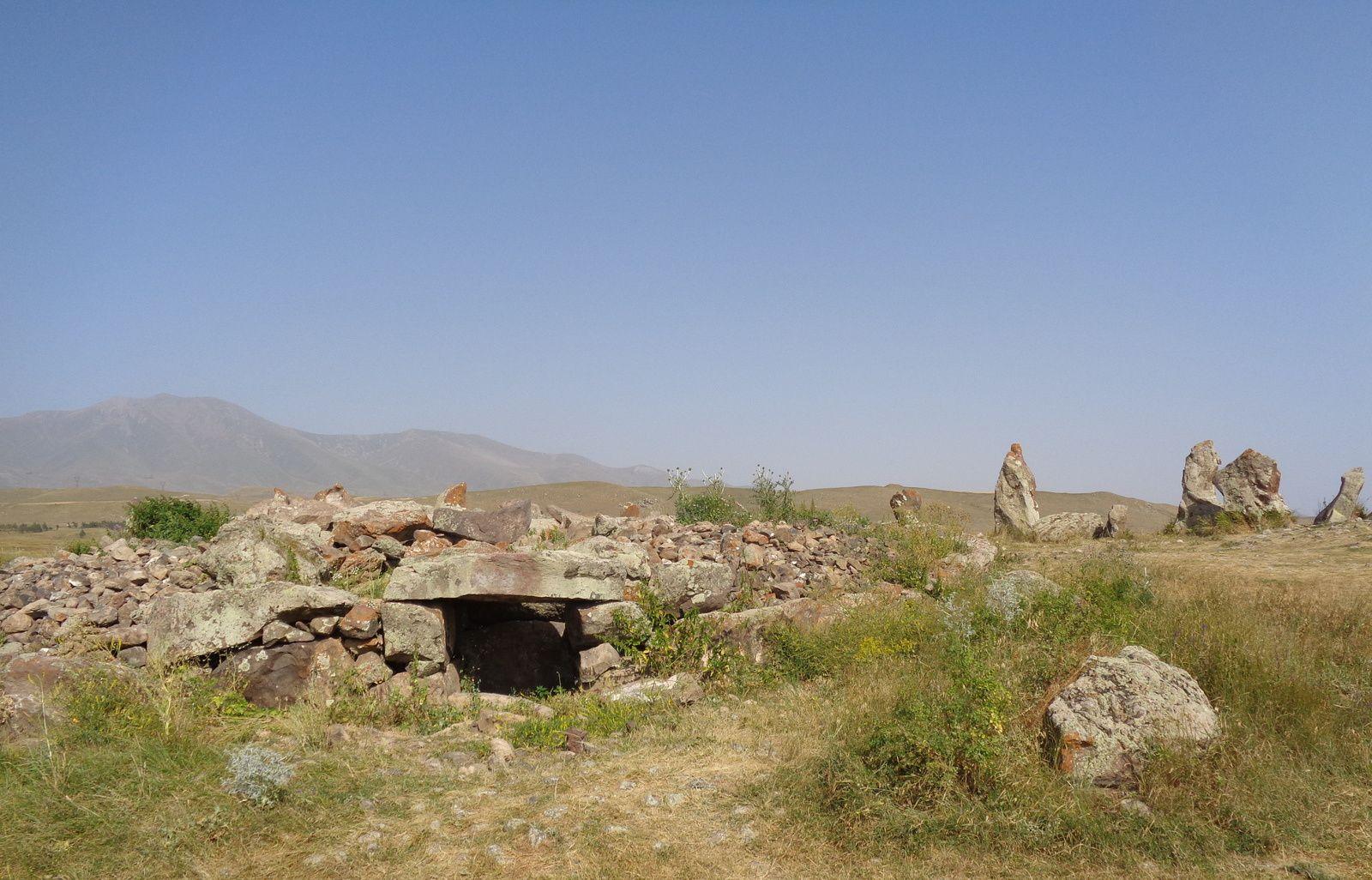 Arménie 2018 - Région du Vayots dzor : caravansérail et site néolithique