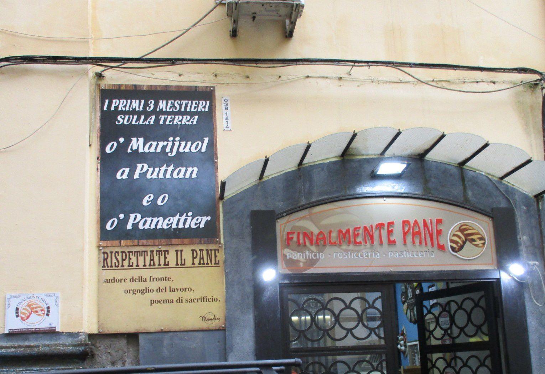 Naples - Sfogliatella et visite souterraine