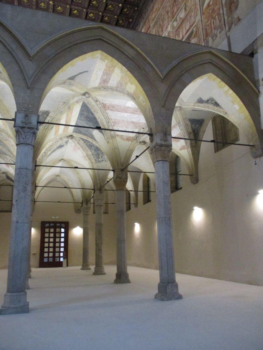 Naples - Le complexe monumental Donnaregina