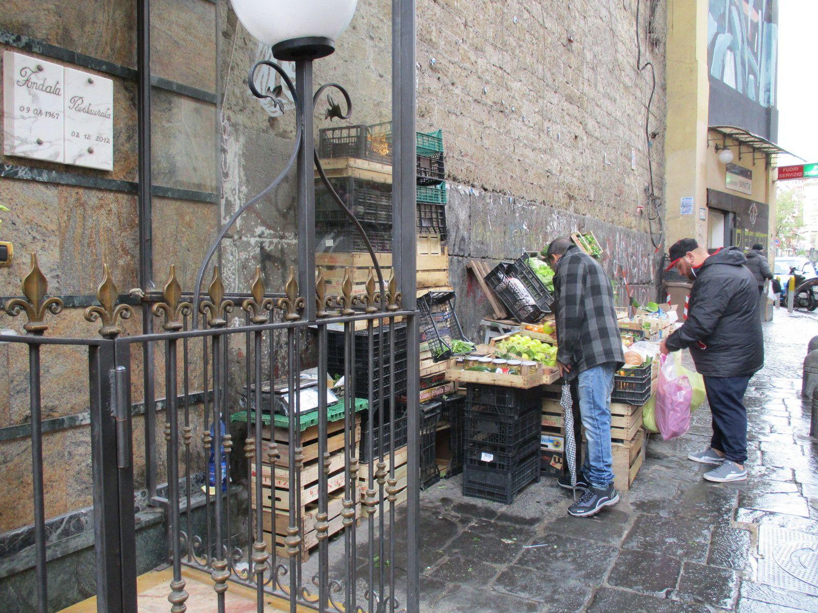 Naples - Catacombes San Gennaro et retour par Sanità