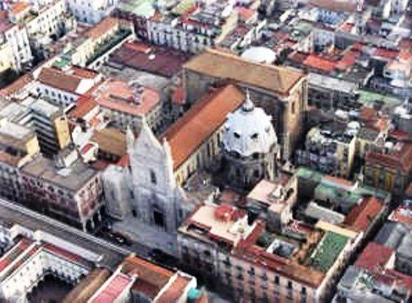 """Naples - La cathédrale dite """"Il Duomo"""""""