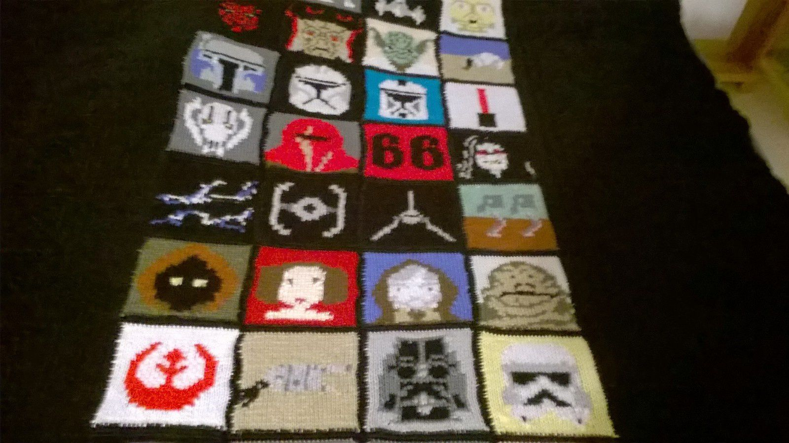 COUVERTURE STAR WARS AU CROCHET ET TRICOT...