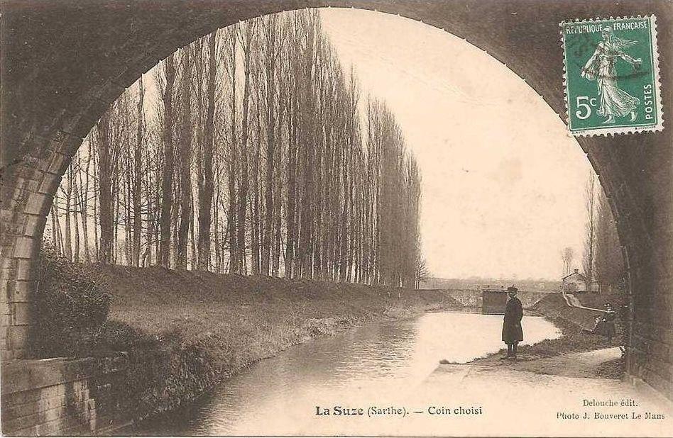 Le canal et l'écluse au début du 20ème siècle.