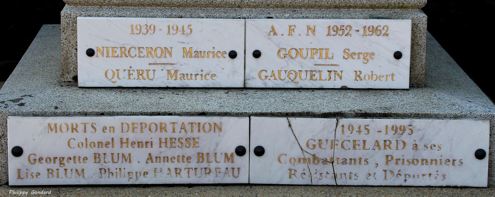 Monument aux morts de Guécélard