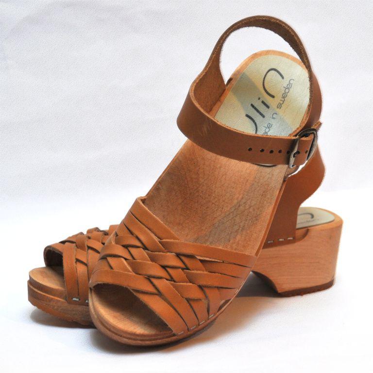Sandales suédoises YLIN bicolores en cuir végétal Esprit