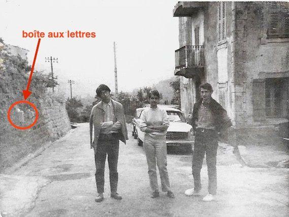 Photo du 23 juillet 1968. De gauche à droite: Joël Calderoni, Marie-Thérèse Martini et Hervé Calderoni.