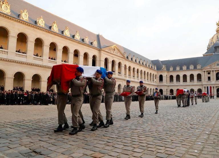 cour des Invalides 2 décembre 2019 (photo THIBAULT CAMUS/AFP)