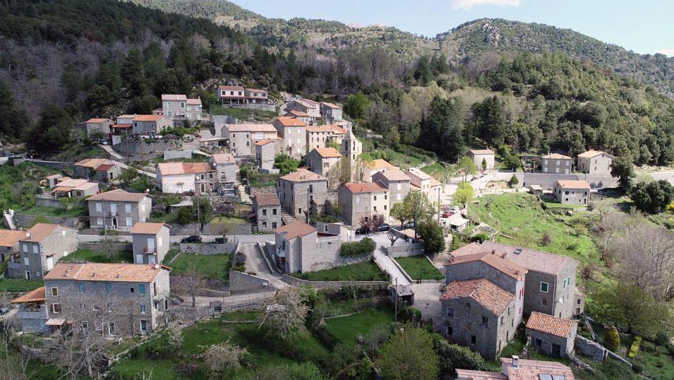 Village de Sampolo (site de la mairie)