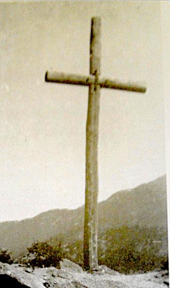 L'ancienne croix du Fragnu.