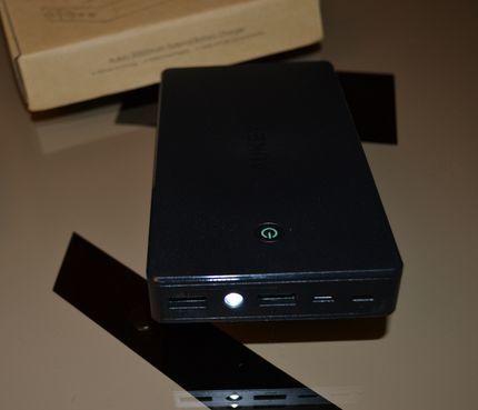 Batterie externe PB-N36, 20 000 mAh et connecteur Lightning, (AUKEY)