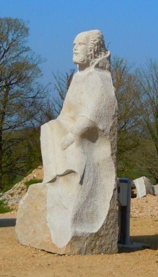 Saint Gildas, statue de la vallée des Saints à Carnoët.
