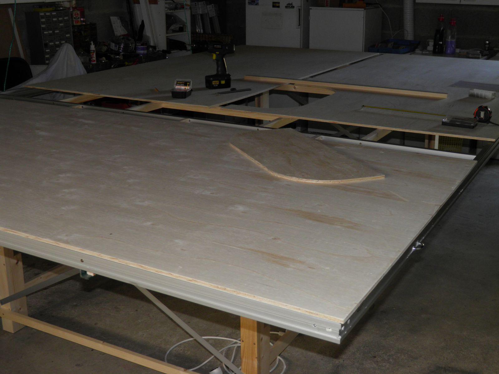 Comment Suspendre Un Plateau Au Plafond fabrication du plateau escamotable au plafond. (5) - mon