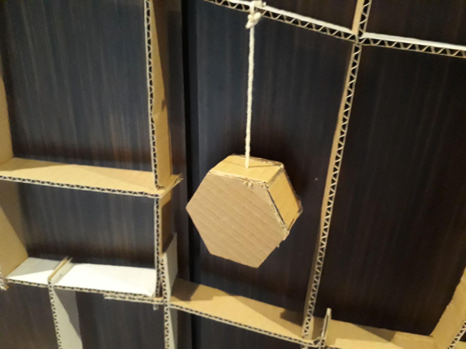 Notre sapin de noel en carton