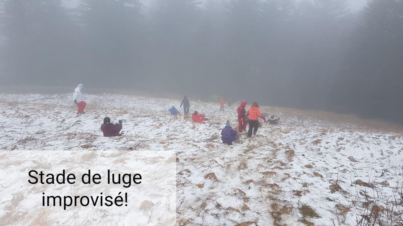 Rando raquettes sous la neige... non en vrai rando sous la pluie sur les pentes du Capucin (Humide mais intéressante !)