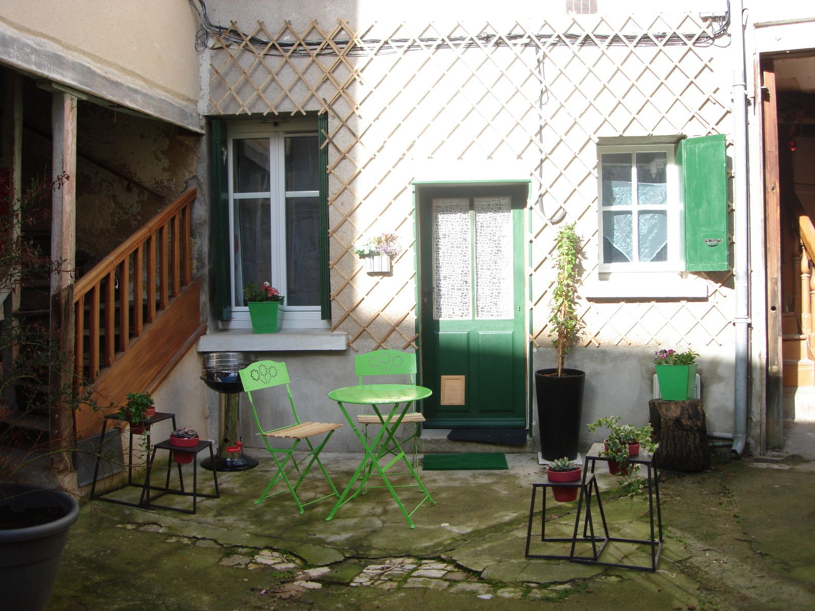 accomdation in Tours for two, ground floor